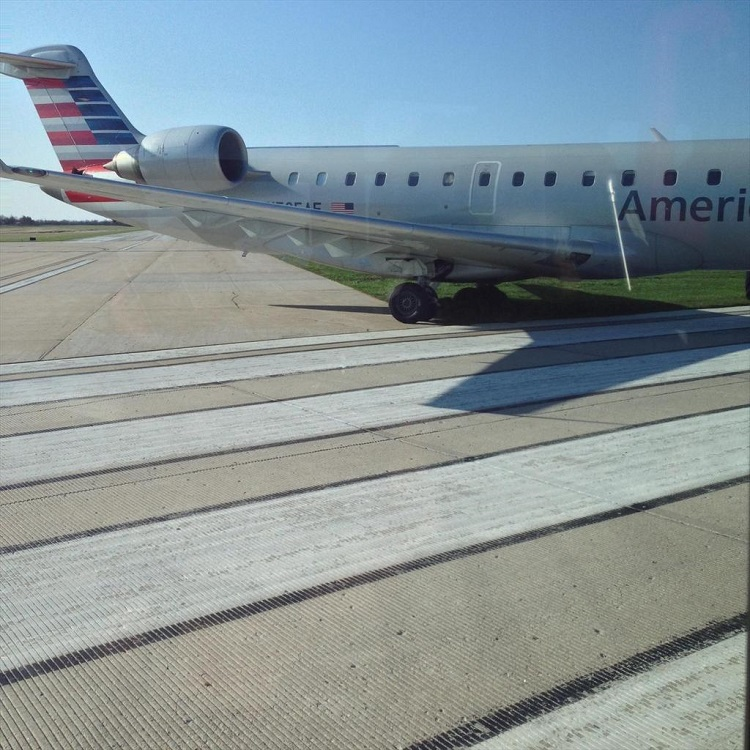 Taxi Columbia Mo >> ANALYSIS: American Eagle ends up 'Stuck in the Mud' in Columbia, MO | Aviation Impact Reform